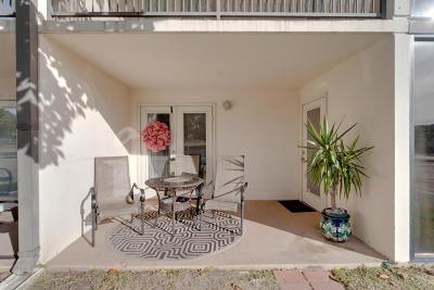 Biloxi Condo/Townhouse For Sale: 2046 Beach Blvd #C113