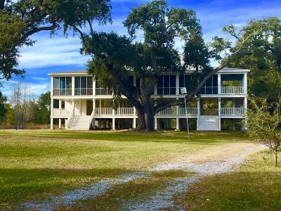Waveland Single Family Home For Sale: 732 S Beach Blvd