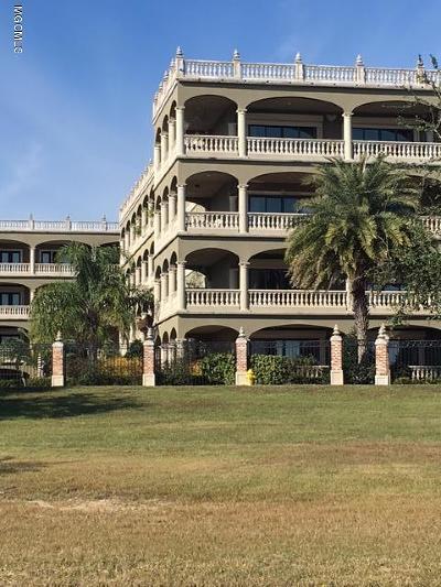 Gulfport Condo/Townhouse For Sale: 4640 W Beach Blvd #D-3