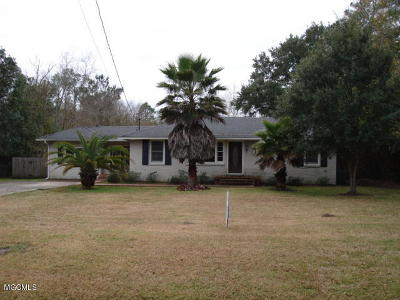 Gulfport Single Family Home For Sale: 5107 Obryan Ave