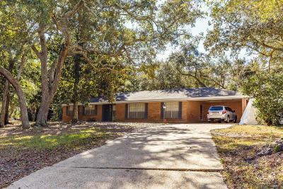 Biloxi MS Single Family Home For Sale: $170,000