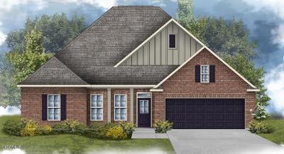 Gulfport Single Family Home For Sale: 15066 Belhaven St