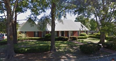 Single Family Home For Sale: 2558 Audubon Pl