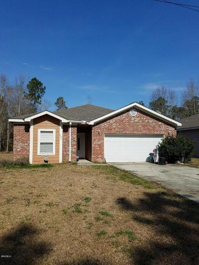Bay St. Louis Single Family Home For Sale: 6076 Covington St