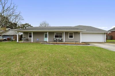 Long Beach Single Family Home For Sale: 612 Old Savannah Dr