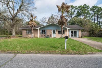 Long Beach Single Family Home For Sale: 1104 Leigh St