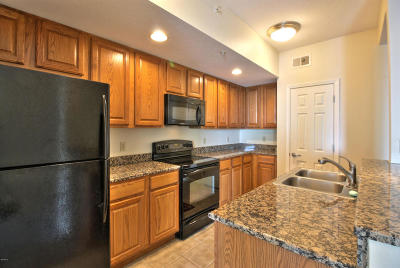 Gulfport Condo/Townhouse For Sale: 2228 Beach Dr #1304