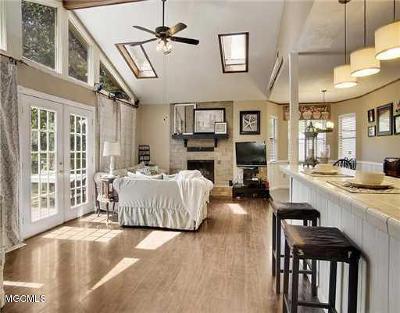 Ocean Springs Single Family Home For Sale: 1328 Diller Rd