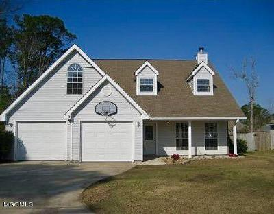 Ocean Springs Single Family Home For Sale: 3209 N 9th St