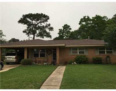 Gulfport Single Family Home For Sale: 100 Dare Dr