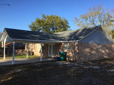 Gulfport Single Family Home For Sale: 913 Mary Ruth Dr