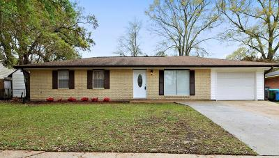 Biloxi MS Single Family Home For Sale: $105,000