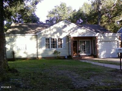 Biloxi MS Single Family Home For Sale: $89,000