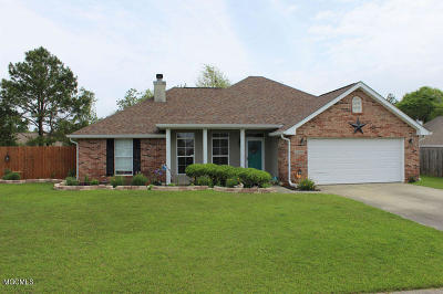 Gulfport Single Family Home For Sale: 15038 Loveless Dr