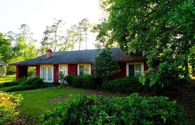 Diamondhead Single Family Home For Sale: 3 Holly Corner