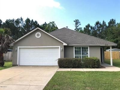 Ocean Springs Single Family Home For Sale: 6809 Pinehurst Dr