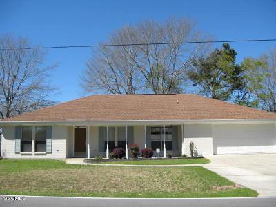 Diamondhead Single Family Home For Sale: 8718 Manini Way