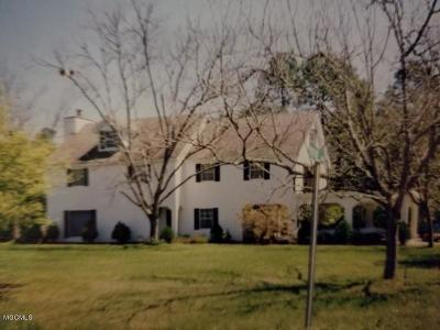 Long Beach Single Family Home For Sale: 4456 Beatline Rd