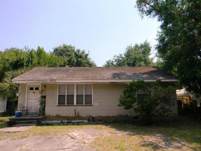 Biloxi MS Single Family Home For Sale: $59,900
