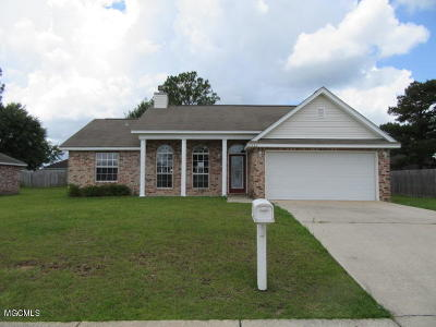 Gulfport Single Family Home For Sale: 11333 Mia Cir