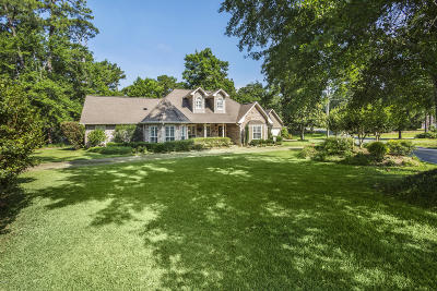 Ocean Springs Single Family Home For Sale: 6505 Shore Dr