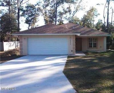 Ocean Springs Single Family Home For Sale: 8905 Marina Ave