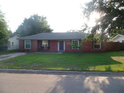 Biloxi Single Family Home For Sale: 165 Beachview Ave