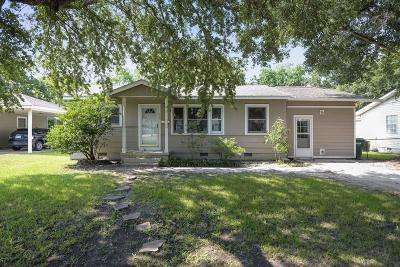 Gulfport Single Family Home For Sale: 223 41st St
