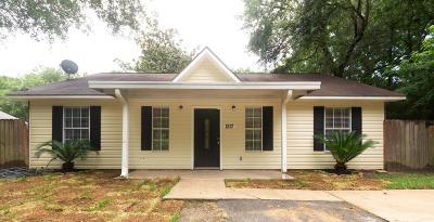Ocean Springs Single Family Home For Sale: 1217 Margaret St