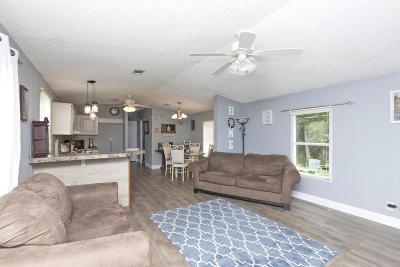 Long Beach Single Family Home For Sale: 7011 Bell Cir