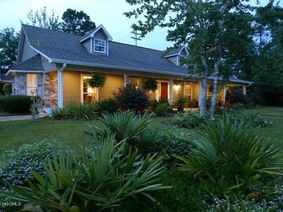 Ocean Springs Single Family Home For Sale: 3915 Cabildo Pl