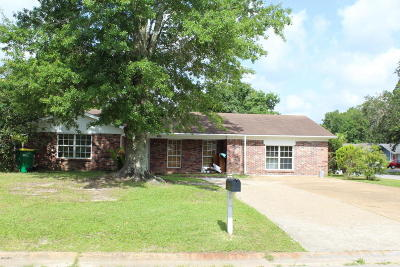 Biloxi Single Family Home For Sale: 7417 Benton Dr