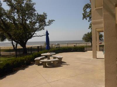Long Beach Condo/Townhouse For Sale: 548 W Beach Blvd #121