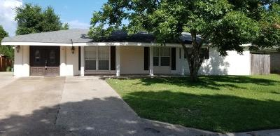 Gulfport Single Family Home For Sale: 16 Nottingham Cir
