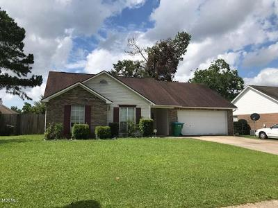 Gulfport Single Family Home For Sale: 15051 Sagewood St