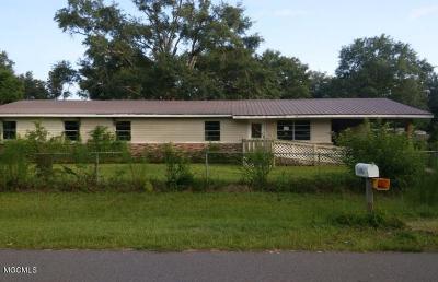 Gulfport Single Family Home For Sale: 12005 Boles Blvd