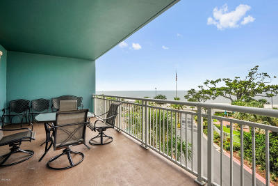 Gulfport Condo/Townhouse For Sale: 2230 Beach Dr #308