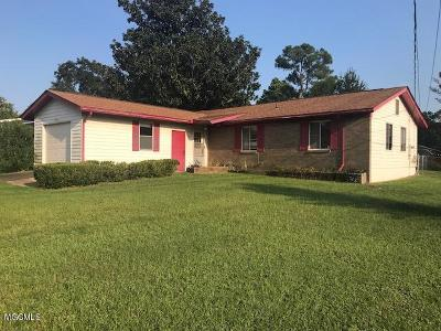 Biloxi Single Family Home For Sale: 2329 Arbor Dr