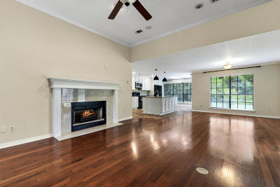 Ocean Springs Single Family Home For Sale: 1006 Harbor Cv
