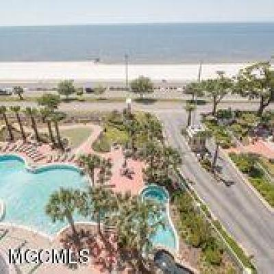 Gulfport Condo/Townhouse For Sale: 2230 Beach Dr #707