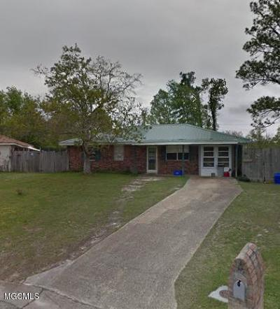 Gulfport Single Family Home For Sale: 810 Shirley Dr