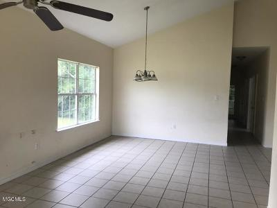 Gulfport Single Family Home For Sale: 11587 Acorn Dr