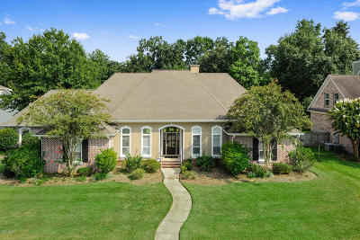 Ocean Springs Single Family Home For Sale: 609 Rue Maupesant