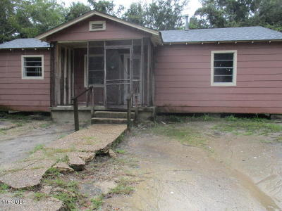 Gulfport Single Family Home For Sale: 1507 Stewart Ave