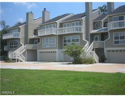 Ocean Springs Condo/Townhouse For Sale: 717 Bienville Blvd #A-5