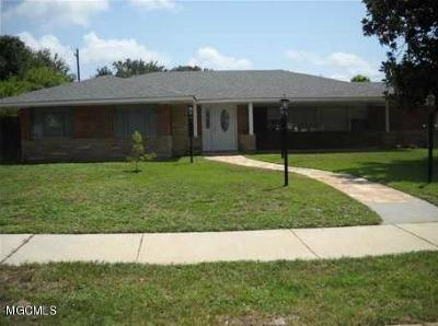 Biloxi MS Single Family Home For Sale: $375,000