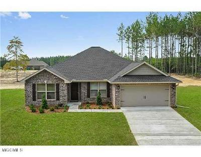 Saucier Single Family Home For Sale: 21655 Bentwood Dr