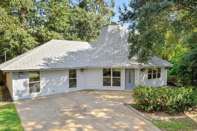 Diamondhead Single Family Home For Sale: 88372 E Diamondhead Dr