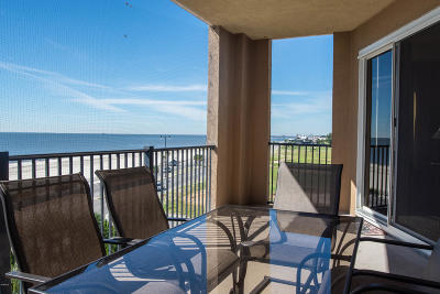 Gulfport Condo/Townhouse For Sale: 1200 Beach Dr #407