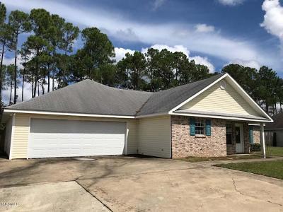 Waveland Single Family Home For Sale: 815 Kyle Cir